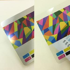 プラスチックカードや名刺の素材